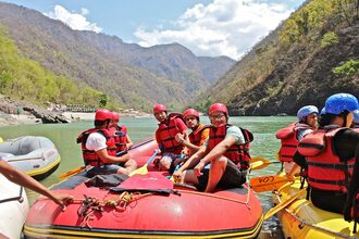 Rishikesh River Rafting - Gautam and Gautam Group