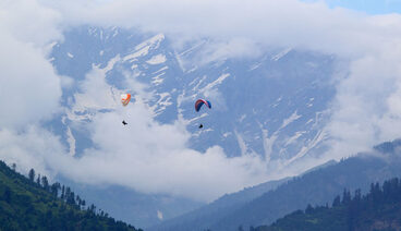 Paragliding in Manali - Gautam and Gautam Group